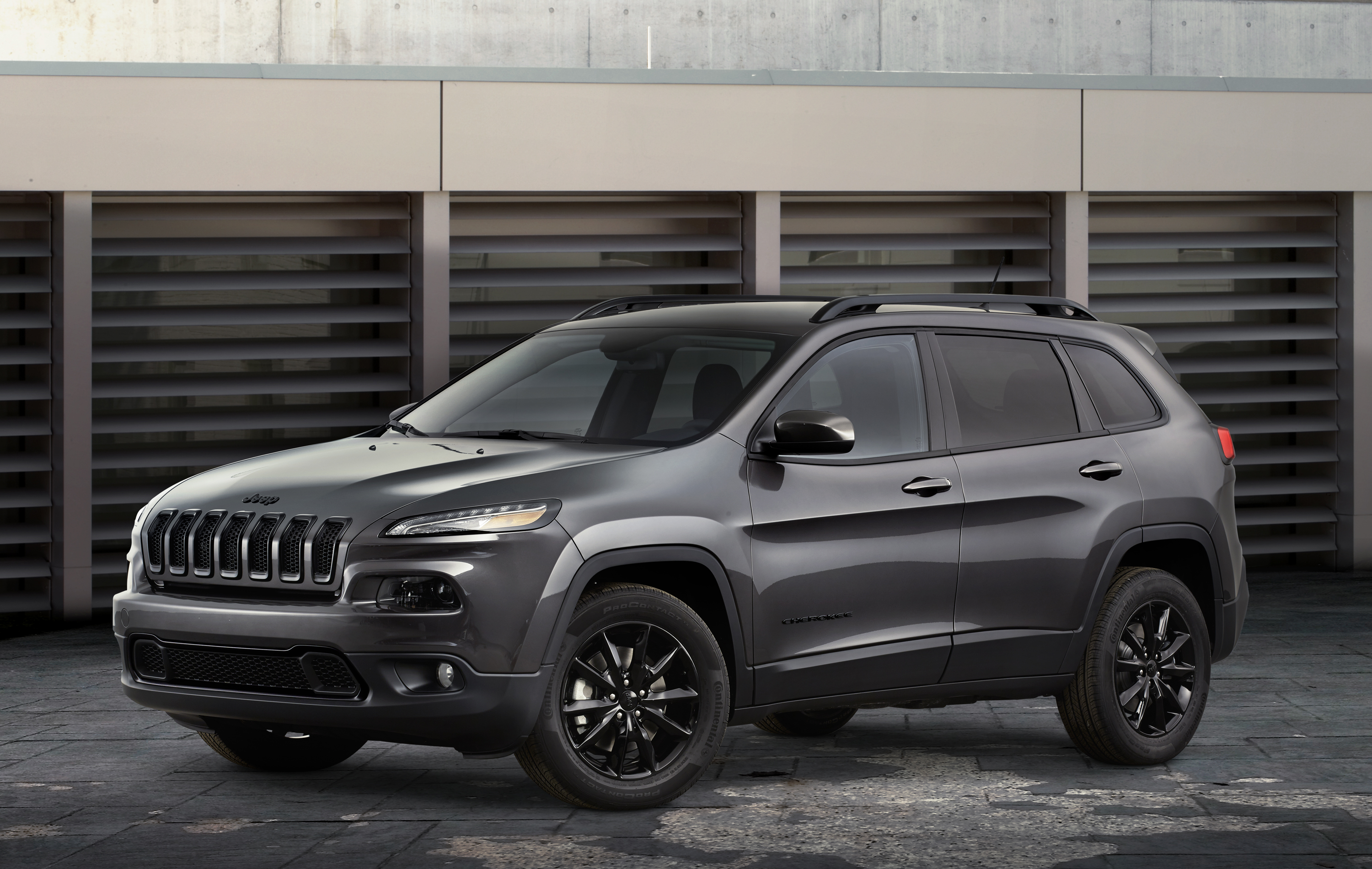 even upgrade perforated leather and black embroidered concepts inside inserts options the grand by mopar logos warrior jeep trailhawk draw seats trail dakar ecodiesel moab more with maize cherokee attention adventurer adding huge katzkin