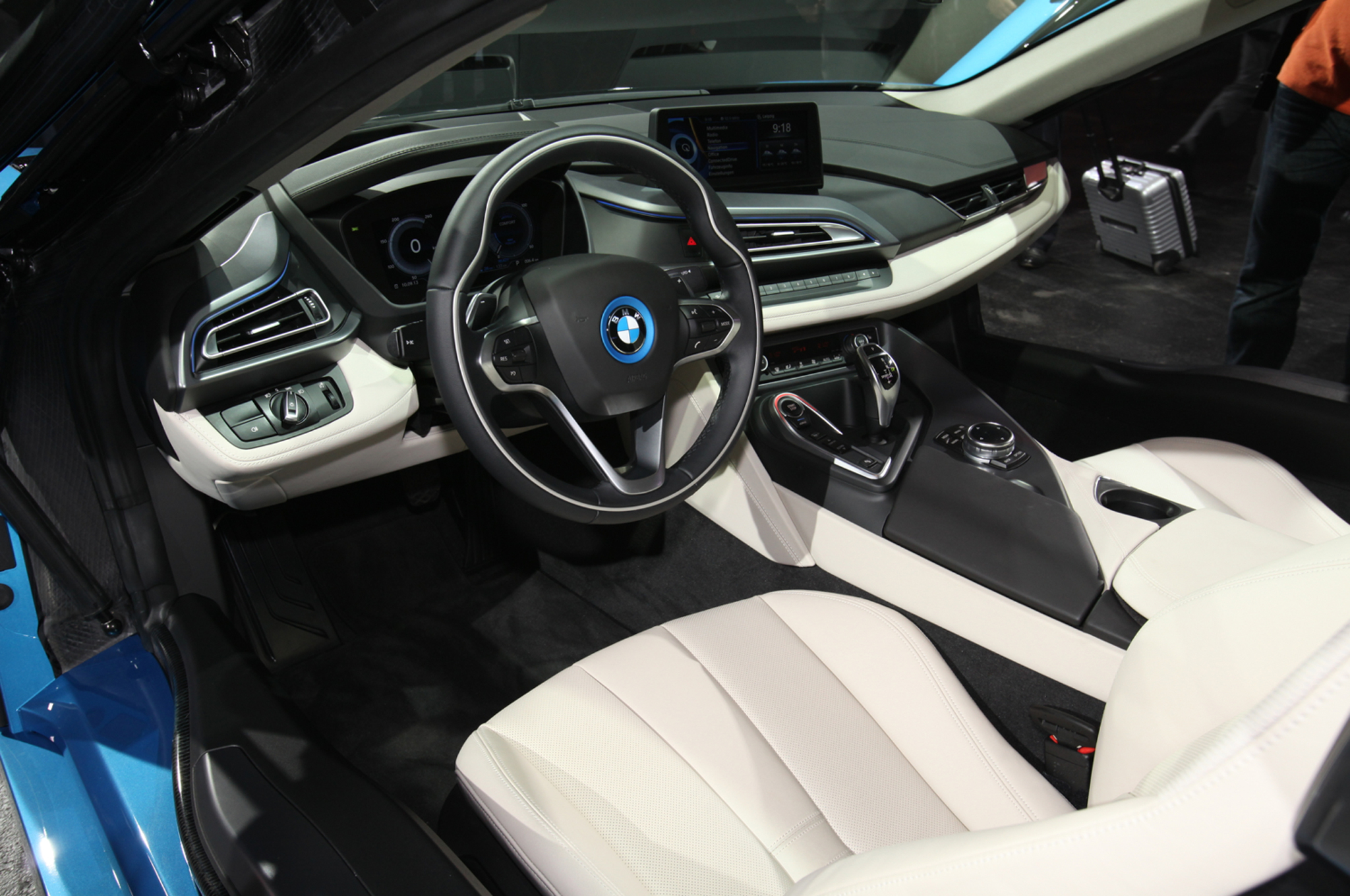 2014 BMW i8 plug in hybrid interior seats