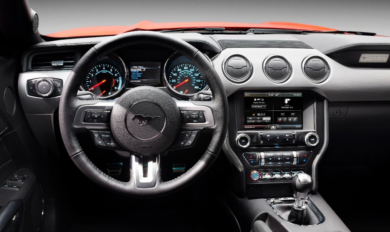 2015 ford mustang cluster
