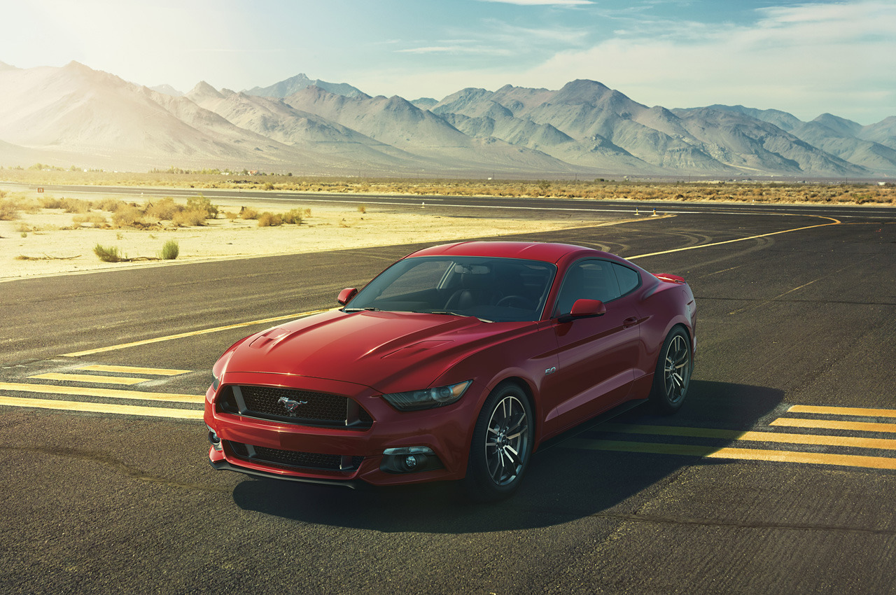 2015 ford mustang mountains