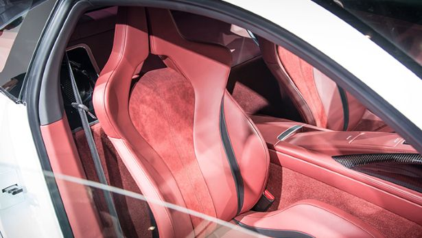 2015 Acura NSX - seats view