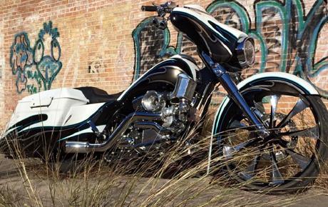 Texas Harley Offers Magazine-Quality Custom Paint