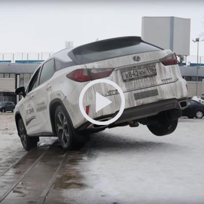 Stair Master: Russians Test Lexus RX