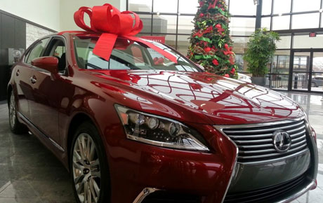 Lexus' 'December to Remember' Deals Are Even Better in 2017